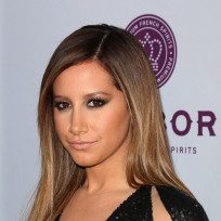 Ashley-tisdale-movie-premiere-pic