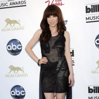 Carly rae jepsen at billboard music awards