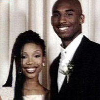 Kobe bryant brandy prom photo