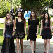 What grade would you give the Pretty Little Liars Season 4 premiere?
