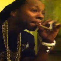 2-chainz-smoking-weed