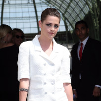 Do you like Kristen Stewart's Paris Fashion Week look?