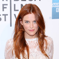 Riley-keough-photo
