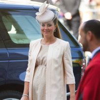 Cute Kate Baby Bump Pic