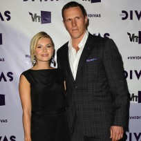 Elisha-cuthbert-and-dion-phaneuf-photo