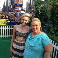 Miley-cyrus-and-june-shannon