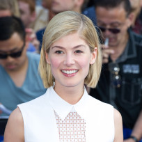 Rosamund-pike-photo