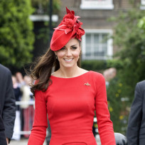 Kate middleton red dress hat