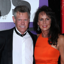 Randy travis fiancee