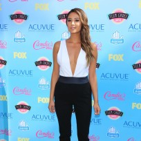 Shay Mitchell at the Teen Choice Awards