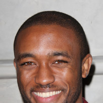 Lee-thompson-young-smiling