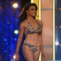 Nina Davuluri vs. Mallory Hagan: Whose Bikini Body is Best?