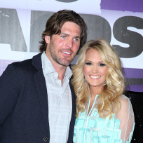 Carrie-underwood-and-mike-fisher-picture