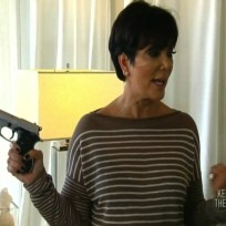 Kris Jenner, Gun