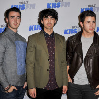 The-jonas-brothers-on-the-red-carpet