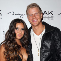 Sean-lowe-and-catherine-giudici-red-carpet-pic