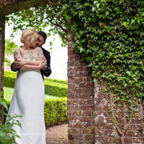 Kelly-clarkson-and-brandon-blackstock-wedding-photo