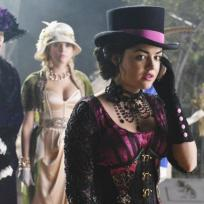 What did you think of the PLL Halloween episode?