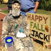 Duck Dynasty Scarecrow