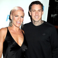 Pink carey hart picture