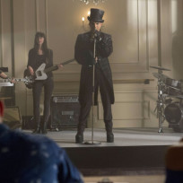 Adam-lambert-on-glee