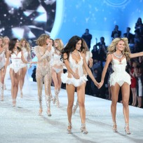 Victoria's Secret Fashion Show Pic
