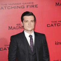 Josh-hutcherson-at-los-angeles-premiere