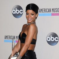 Rihanna-is-an-icon