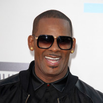 R kelly red carpet pic