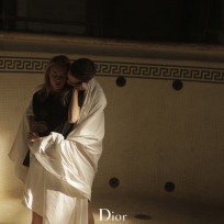Robert Pattinson: Snuggling for Dior