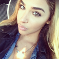 Chantel-jeffries-photo
