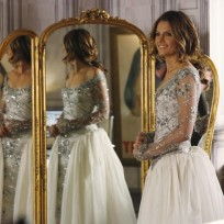 What do you think of Kate Beckett's wedding dress on Castle?