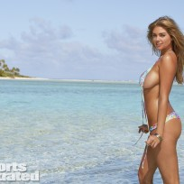 Kate Upton is About to Get Wet