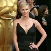 Charlize-theron-at-the-oscars