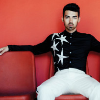Joe-jonas-in-scene