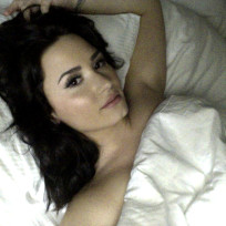 Demi Lovato: Naked in Bed