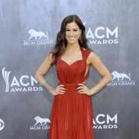 Cassadee-pope-at-the-acms