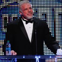 Ultimate-warrior-in-hall-of-fame