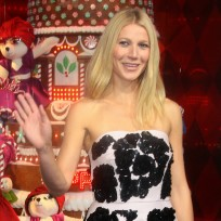 Gwyneth Paltrow Waves