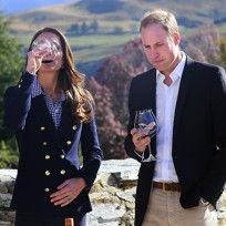 Kate-middleton-drinking-wine