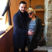 Christina Aguilera Baby Bump Photo