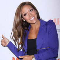 Thumbs-up-from-melissa-gorga