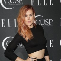Rumer-willis-wardrobe-malfunction