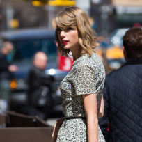 Taylor Swift NYC Photo