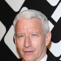 Anderson-cooper-red-carpet-photo