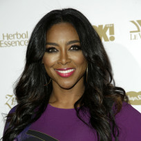 Kenya-moore-red-carpet-photo