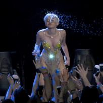 Miley Spits