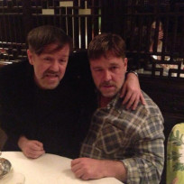Ricky-gervais-and-russell-crowe