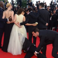 Guy Crawls Inside America Ferrera's Dress