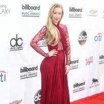 Iggy azalea at the billboard music awards